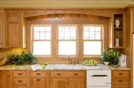Light Wood Kitchen Cabinets - pictures of kitchens traditional light wood kitchen cabinets