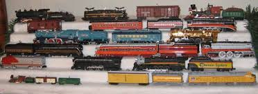2011 hallmark lionel ornaments trainboard the s