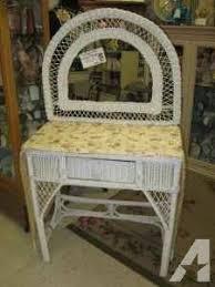 Used Wicker Bedroom Furniture by Darling White Wicker Vanity W Drawer 49 My Favorite Things