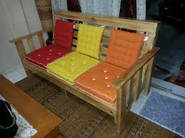 wooden pallet bench 101 pallets