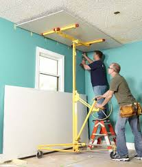 3 solutions for a popcorn ceiling