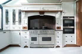 Moben Kitchen Designs Kitchen Designers Installers Surrey Verdikitchens Co Uk