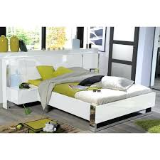 chambre a coucher blanc laque brillant chambre laque blanc brillant structure de lit lit adulte