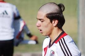 pro soccer player haircuts top 10 worst haircuts in soccer world soccer talk