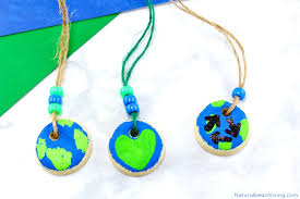 day necklaces earth day crafts preschoolers salt dough necklaces 3