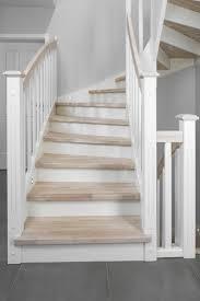 weiãÿe treppe die besten 25 gestrichene treppen ideen auf treppe