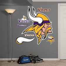 amazon com nfl minnesota vikings logo wall graphics sports fan