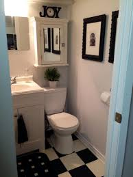 small apartment bathroom decorating ideas extensive mirrors and