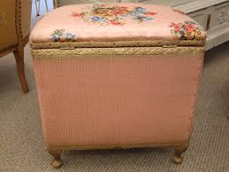 Vintage Ottoman by F403 S Charming Vintage Pink Bedroom Chair And Ottoman Set