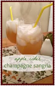 apple cider chagne sangria only 110 calories for your 1800