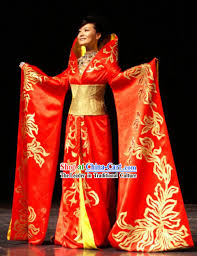 Chinese Wedding Dress Chinese Traditional Wedding Dress Wedding Dresses Wedding Ideas