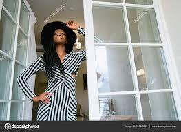 Robe De Chambre Luxe Femme by Charmante Touchante Tendre Belle Femme Africaine Portant La