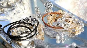 pandora jewelry retailers what stores carry pandora bracelets reference com