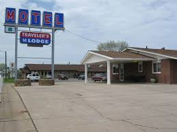 Minnesota what is a travelers check images Book travelers lodge motel marshall in marshall jpg
