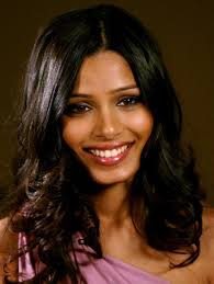 freida pinto i think she is a gorgeuos indian actress famous