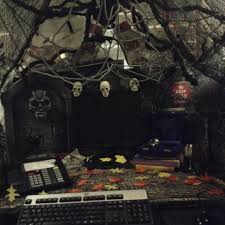 scary halloween desk decorations u2022 halloween decoration