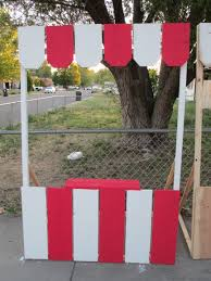 how to make a photo booth carnival booths that we made carnival ideas