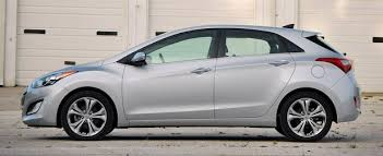 2015 hyundai elantra se review 2015 hyundai elantra hatchback reviews msrp ratings with