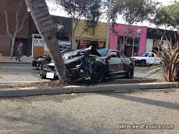 wrecked camaro zl1 for sale chevrolet camaro zl1 crashes into palm tree in