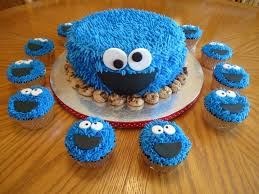 cookie monster cake with matching cupcakes cakecentral com