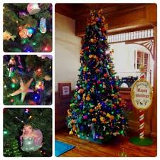 the best christmas trees at walt disney world resorts