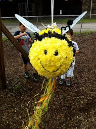 bumblebee pinata i think i to make this for the bug party how to make a bee
