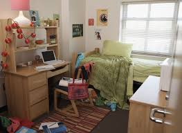 Dorm Room Furniture by How To Clean A Dorm Room In Under 20 Minutes