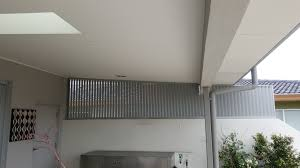 privacy screen louvers with fixed welded louvers in a fixed frame