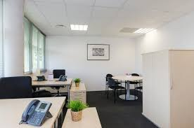 bureaux de poste montpellier coworking montpellier bureaux à partager et centre d affaires à