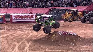 monster truck jam youtube monster jam grave digger monster truck freestyle from phoenix