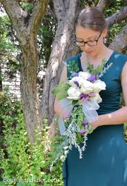 bouquet diy how to create a cascade bouquet
