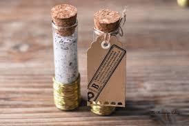cadeaux pour invitã s mariage mariage petit budget diy éprouvettes de sel au romarin mariage