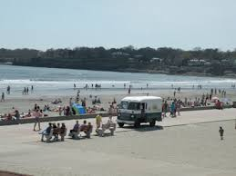 newport ri beaches sun sand live and lobster rolls