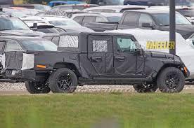 2019 jeep wrangler spy shots of 2018 jeep wrangler jl show new led taillight pattern