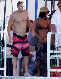channing tatum stripping magic mike channing tatum and olivia munn flaunt their magic beach bodies