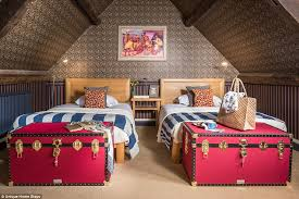 Cotswolds Cottages For Rent by The Fairy Tale Cotswolds Cottage You Can Rent Daily Mail Online