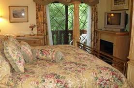 Mountain Comfort Bed And Breakfast Foxtrot Bed And Breakfast In Gatlinburg Tennessee B U0026b Rental