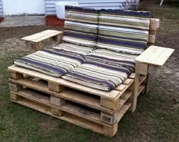 chaise longue palette bien chaise longue d interieur 19 deux grandes chaises longues en