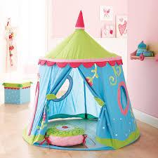 tente fille chambre épinglé par valerie masoni sur deco marchand tentes