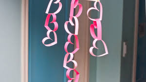 make an easy valentine door decoration diy home guidecentral