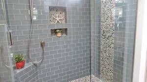 bathroom tile designs small bathrooms best 25 small bathroom tiles ideas on city style tile