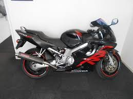honda cbr 600 2000 honda cbr 600 motorcycle in black with red stickers in