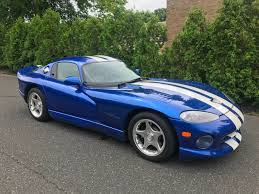 Dodge Viper 1997 - doug demuro u0027s selling his u002797 dodge viper gts coupe how much