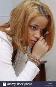 Schlafzimmerblick Frau Teenager Crying Bedroom Stockfotos U0026 Teenager Crying Bedroom