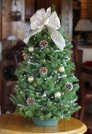 Decorative Tabletop Christmas Trees by Decorated Table Top Christmas Trees Elegant Mini Christmas Tree