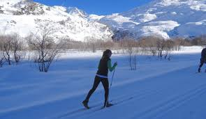 cross country skiing in val thorens france valthonet com