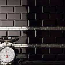 carrelage cuisine noir brillant cuisine carrelage mural noir meilleur idées de conception de