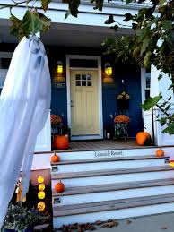 decorating home for halloween how to decorate a scary house for halloween apartment clipgoo diy