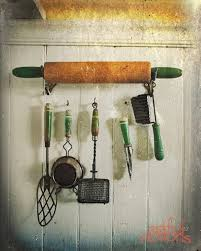 Ideas For Decorating Kitchen Walls Best 25 Green Kitchen Decor Ideas On Pinterest Green Home