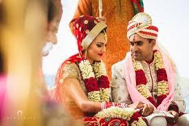 Candid Photography Into Candid Photography Wedding Photographers In Mumbai Shaadisaga